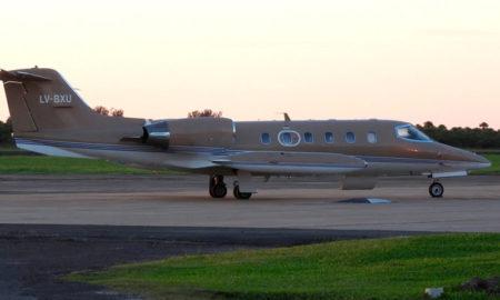 Avión Esquel